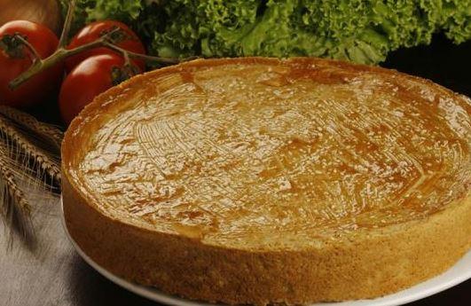 Quiche de cebola e cream cheese. Quem resiste a esta delícia?