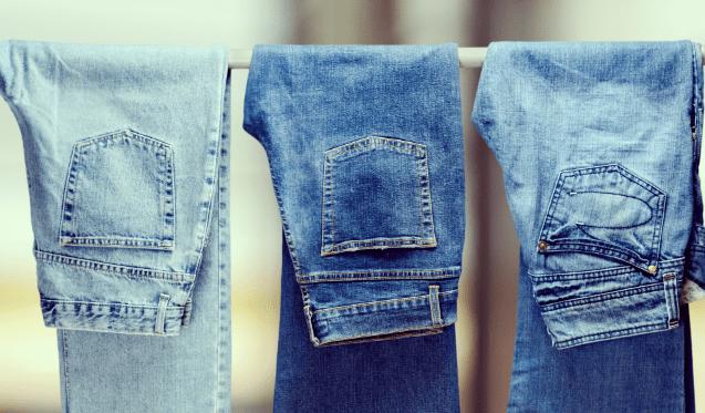 Como tirar manchas de jeans