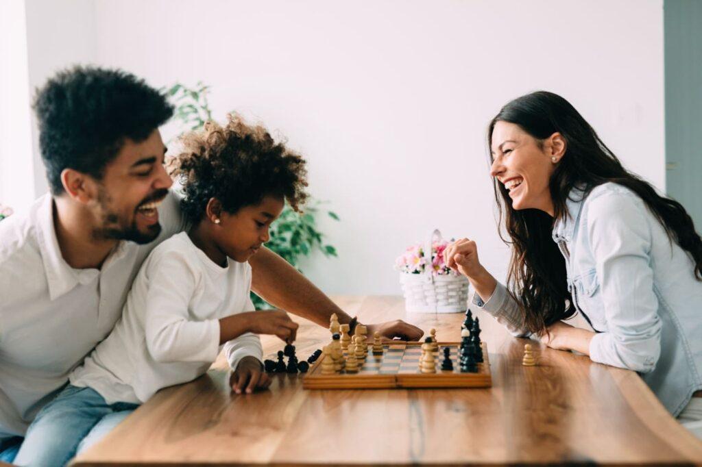 Jogos em família: dicas para passar tempo de qualidade juntos